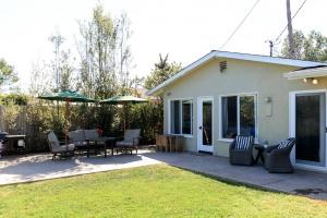 1350 Limu Street,Carpinteria,Santa Barbara,93013,3 Bedrooms Bedrooms,2 BathroomsBathrooms,Single Family Home,Limu Street,1041